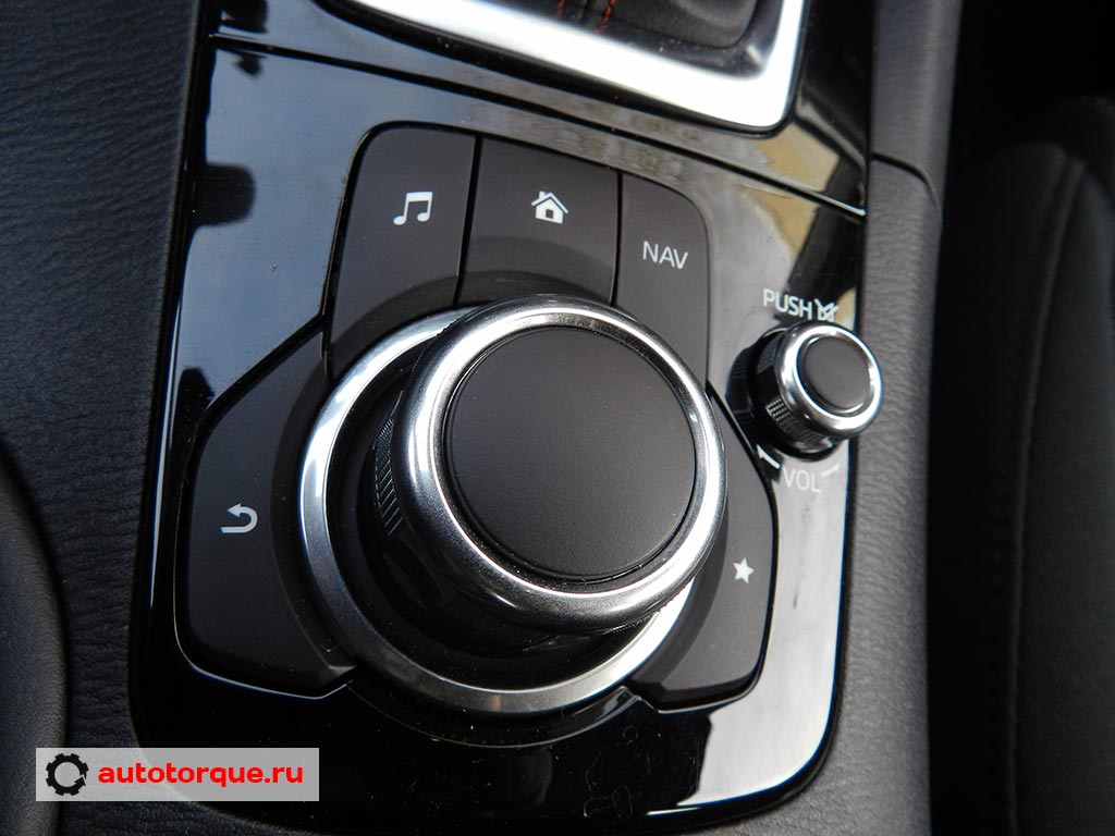 Mazda-3-шайба-мультимедийной-системы