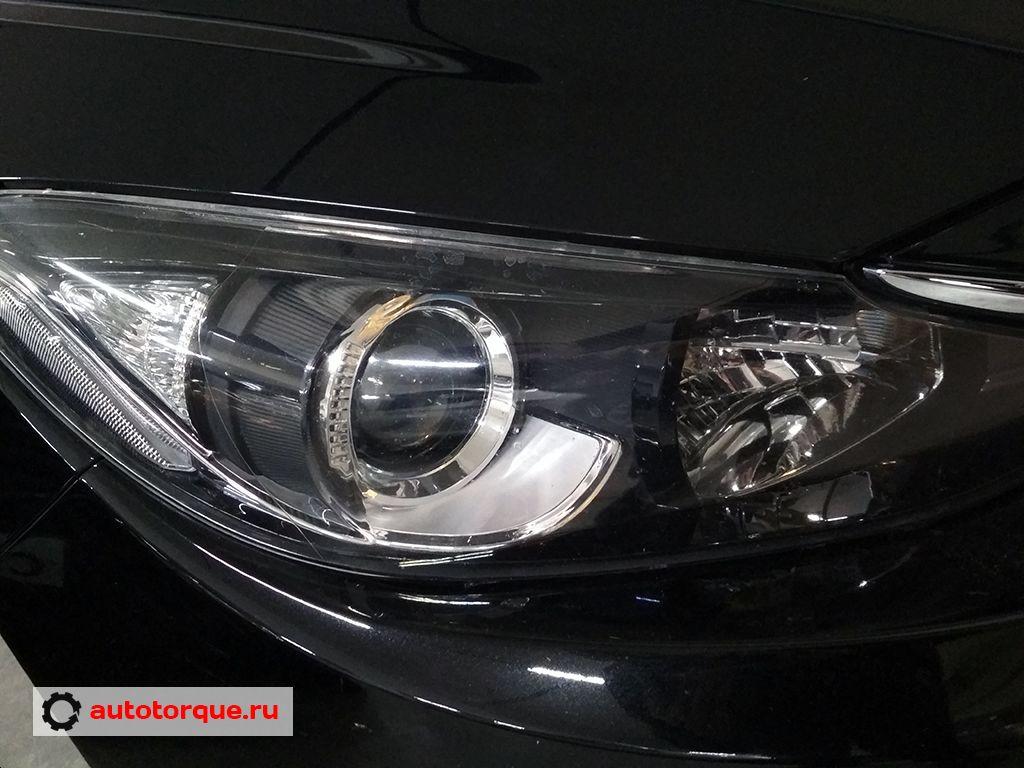 Фара Mazda 3 BM