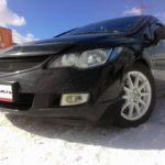 Honda-Civic-8-черная-спереди