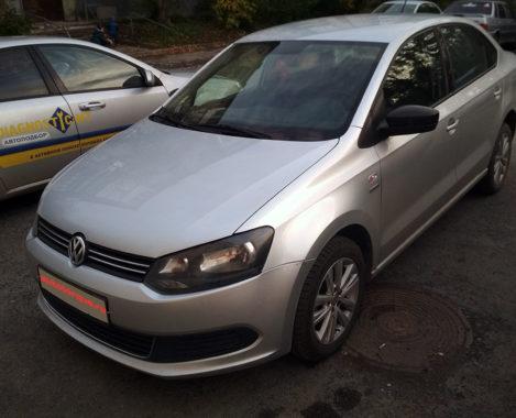 VW-Polo-спереди-сбоку-автоподбор