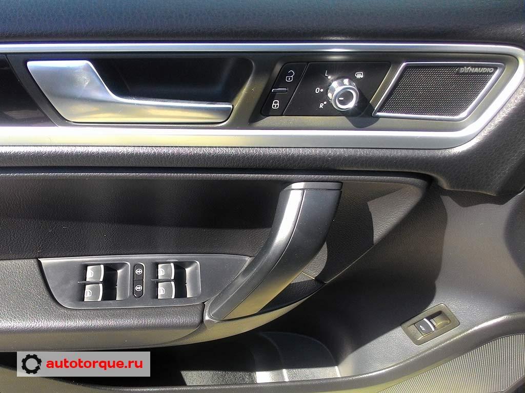 водительская дверь Volkswagen-Touareg-2