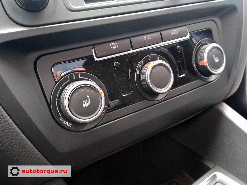 Volkswagen-Jetta-6-блок-климата