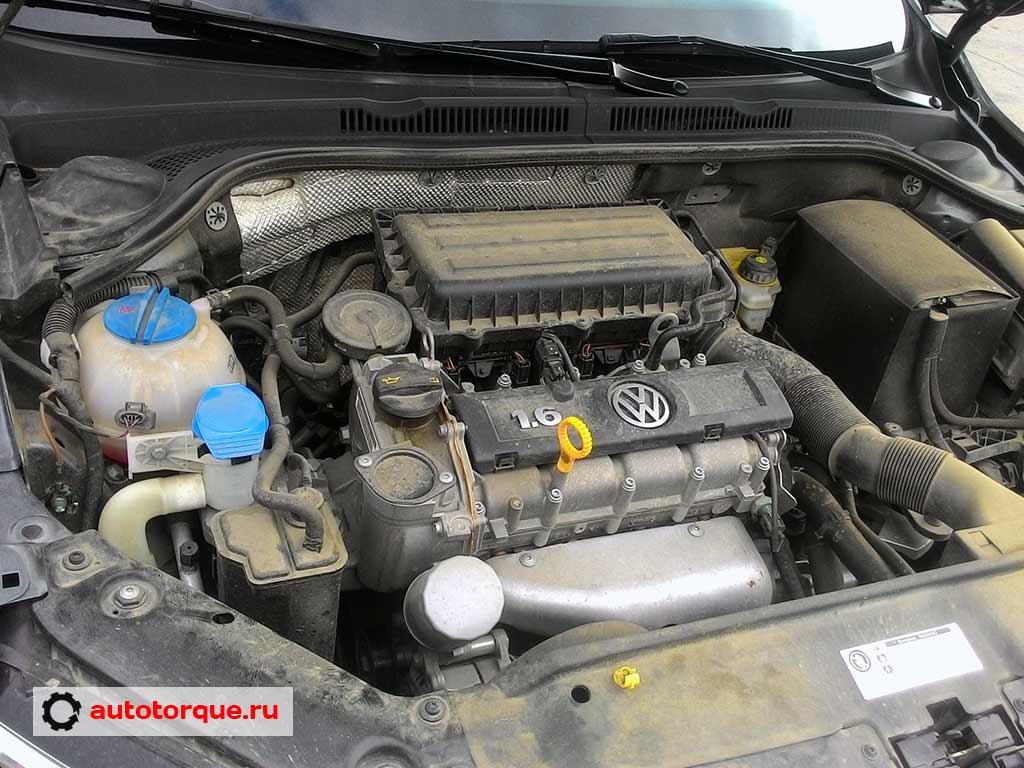 Volkswagen-Jetta-6-CFNA-под-капотом