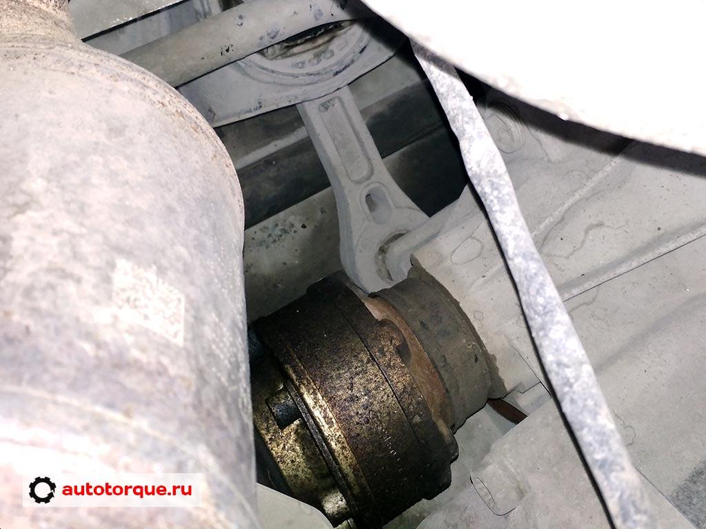 Volkswagen-Jetta-6-отпотевание-привода