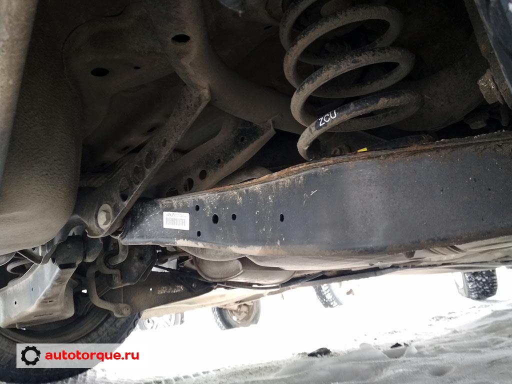 Volkswagen-Jetta-6-задняя-подвеска-многорычажная