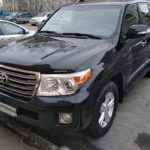 Toyota-Land-Cruiser-200-чистый