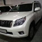Toyota Land Cruiser Prado 150 на паркинге