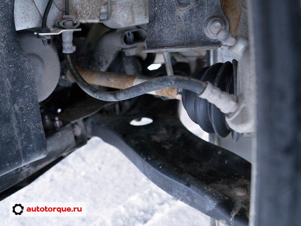Lada Vesta передняя подвеска рычаг