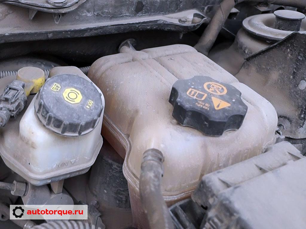 Opel Insignia бачок ож