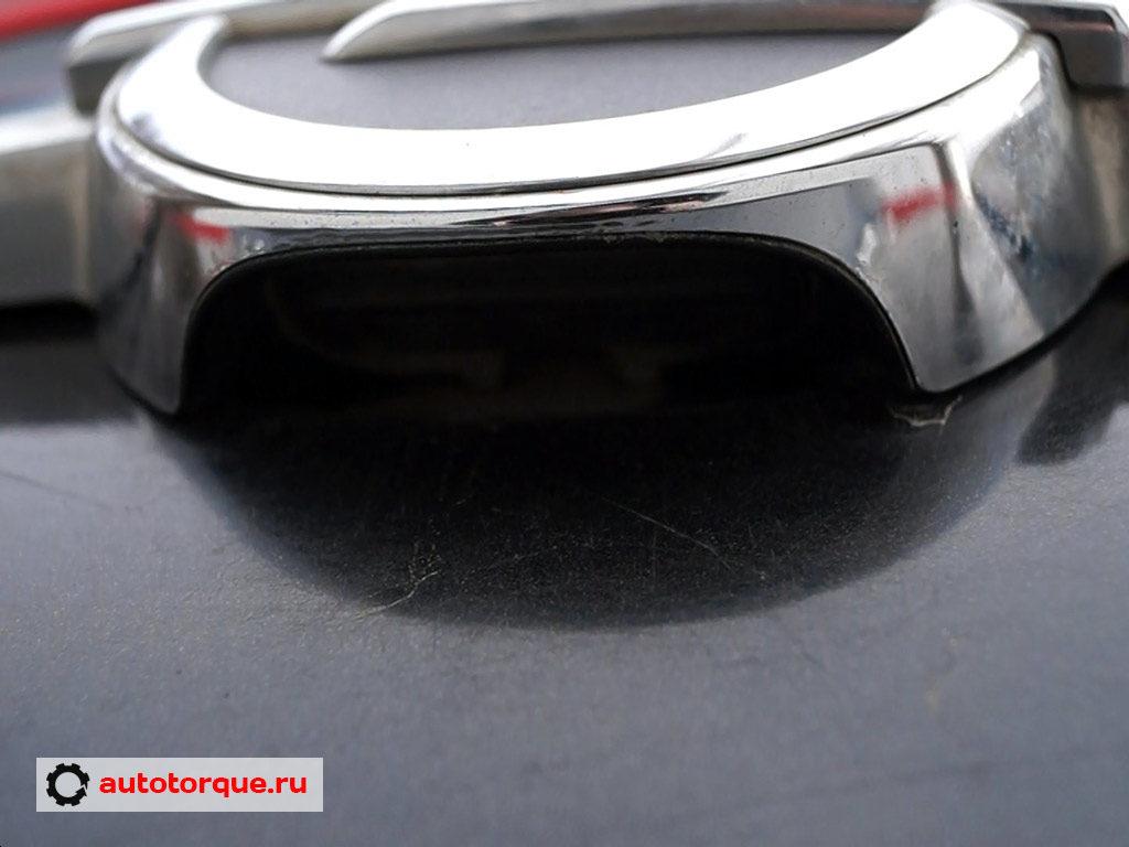 Opel Insignia кнопка крышки багажника