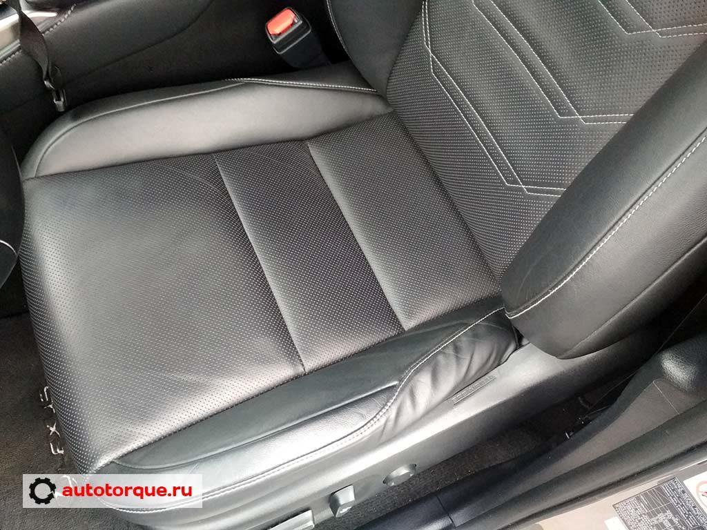 Lexus NX водительское кресло