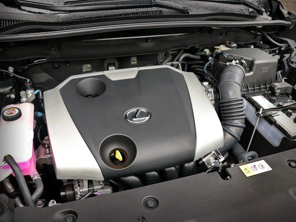 Lexus NX200 под капотом