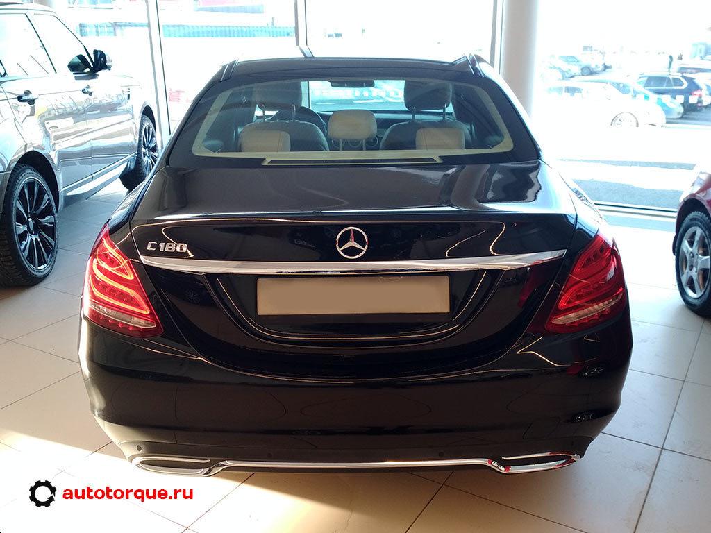 Mercedes-Benz-C-klasse-W205-сзади