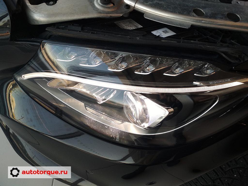 Mercedes-Benz-C-klasse-W205-фара