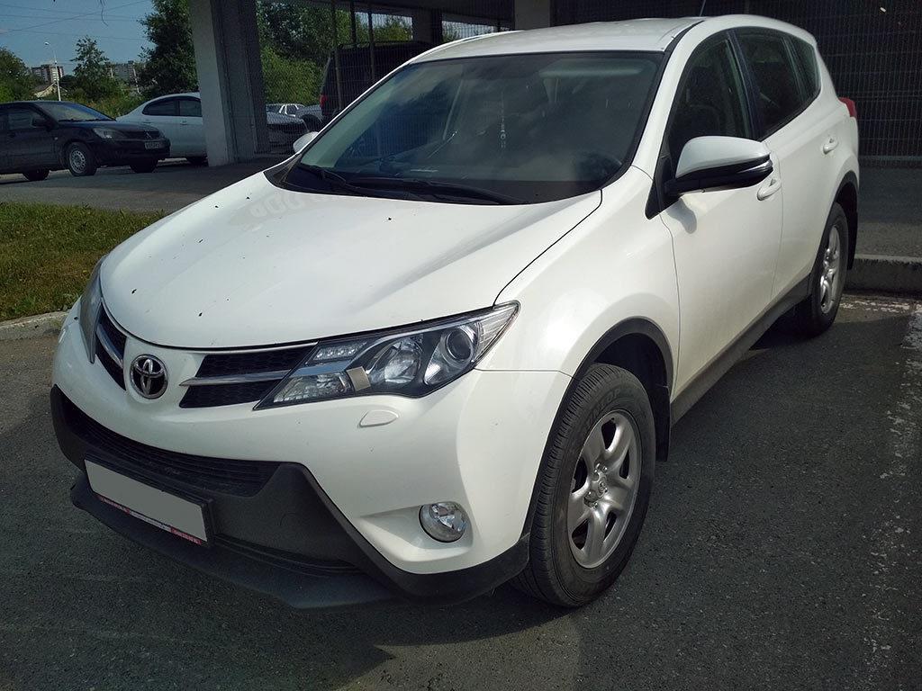 Toyota Rav4 XA40 дорест