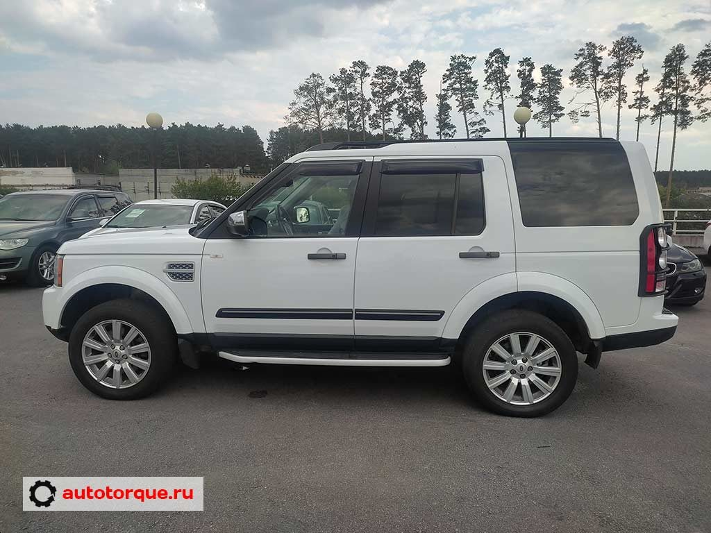 Land-Rover-Discovery-4-сбоку